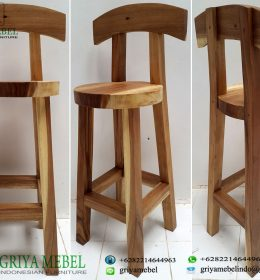 Kursi Bar Solid Antik Trembesi, Kursi Bar Trembesi Antik, KUrsi Bar Kayu Solid, Kursi Bar Kayu Utuh, Kursi Bar Vintage, Kursi Bar Retro, Kursi Bar Mewah, Ukuran Kursi Bar Trembesi, Model Kursi Bar Trembesi, Harga Kursi Bar Trembesi, Jual Kursi trembesi, Model Kursi Trembesi, Kursi Cafe Kayu Trembesi