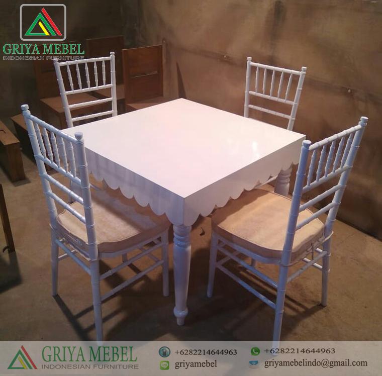 Set Meja Makan Minimalis Duco Putih Griya Mebel