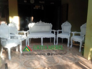 luxury furniture, eleghant furniture,Sofa Wedding Klasik Gold murah, mebel jrpara, furniture jepara, kotak angpao,Set Sofa Wedding, kursi wedding murah, sofa wedding, kursi pelaminan, kursi wedding, kursi pengantin, kursi dekorasi, kursi dekor, kursi sofa, kursi pernikahan, furniture pernikahan, furniture wedding, furniture dekorasi, mebel dekor, furniture dekor jepara, mebel dekor jepara, mebel jepara, furniture jepara, furniture indonesia, furniture murah, Set kursi wedding murah