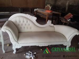 Kursi Pelaminan Duco putih, Sofa Pelaminan Duco putih