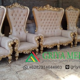 Set Sofa wedding Syahrini Gold