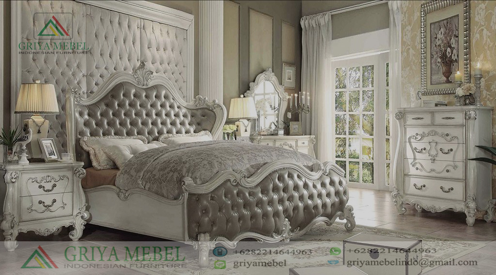 Set Kamar Tidur Klasik Mewah Murah