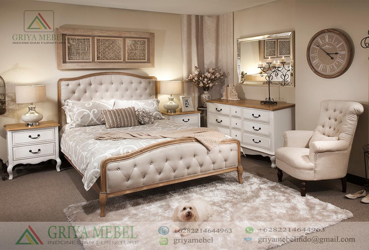 Set Tempat Tidur Sofa Klasik Mewah