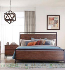 Set Tempat Tidur Retro Kombinasi Besi