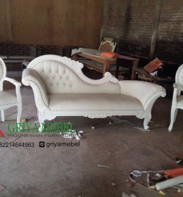 Set Sofa Pelaminan Murah, Kursi Pelaminan Duco putih, Sofa Pelaminan Duco putih, Kursi Pelaminan Duco putih, kursi wedding murah, sofa wedding, kursi pelaminan, kursi wedding, kursi pengantin, kursi dekorasi, kursi dekor, kursi sofa, kursi pernikahan, furniture pernikahan, furniture wedding, furniture dekorasi, mebel dekor, furniture dekor jepara, mebel dekor jepara, mebel jepara, furniture jepara, furniture indonesia, furniture murah, Set Sofa Wedding Cleopatra Duco Putih