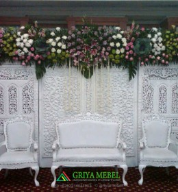 set kursi pengantin Ukir duco putih, kursi wedding murah, sofa wedding, kursi pelaminan, kursi wedding, kursi pengantin, kursi dekorasi, kursi dekor, kursi sofa, kursi pernikahan, furniture pernikahan, furniture wedding, furniture dekorasi, mebel dekor, furniture dekor jepara, mebel dekor jepara, mebel jepara, furniture jepara, furniture indonesia, furniture murah
